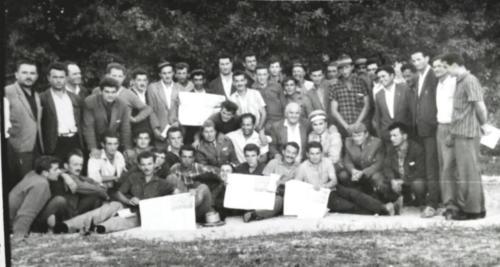 Prvi polozeni vozacki ispiti s pocetka 60-tih u Grahovu
